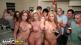 bangbros courtney cummz sara jay and jamie valentine invade college party